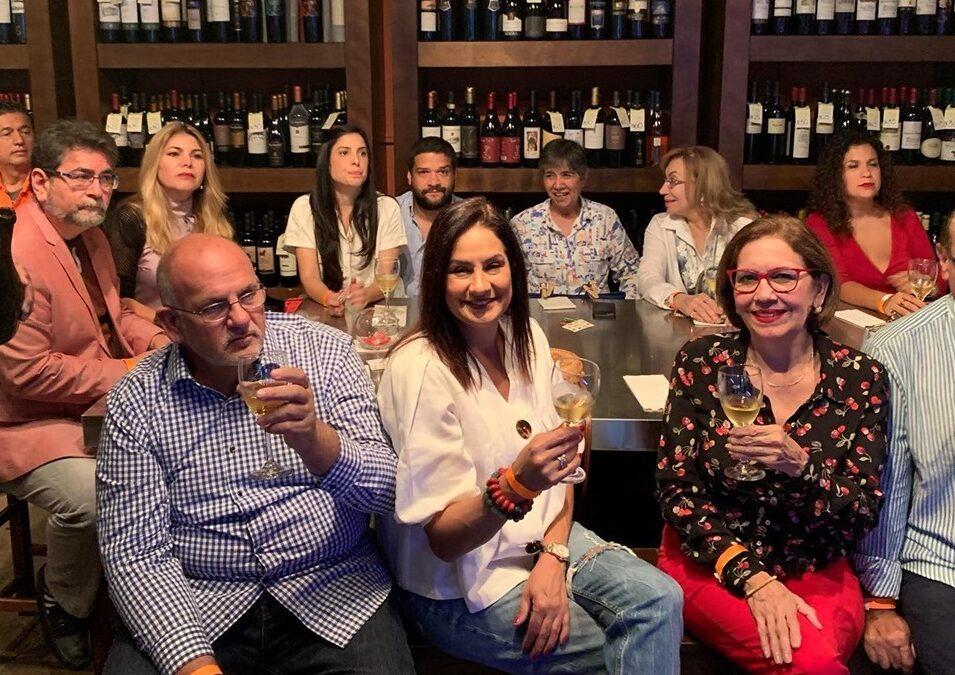 Un éxito nuestro evento ¿Te gustaría aprender sobre el vino, pero no sabes por dónde empezar?